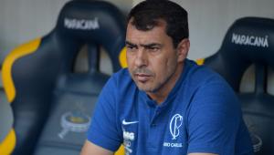 Carille admite erros no Corinthians e diz deixar lado retranqueiro para trás