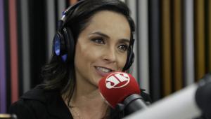 Izabella Camargo diz que gatilho para Burnout foi puxada de tapete na Globo