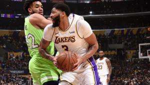 Com show de Davis e Lebron, Lakers batem Wolves e seguem 'voando' na NBA