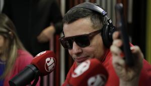 Leo Dias desabafa sobre problema com drogas: 'Cansei'