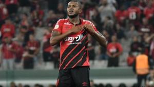 Especulado no Corinthians, Cirino se despede do Athletico e vai para a China