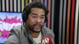 Marcus Vinile diz que foi PLAGIADO por comediante