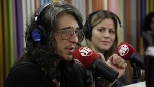 Patrick Maia lança o especial de comédia 'Linhas Tortas'