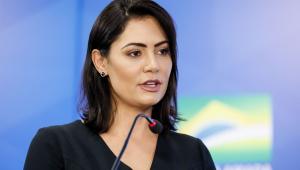 Queiroz depositou R$ 72 mil na conta de Michelle Bolsonaro, diz revista