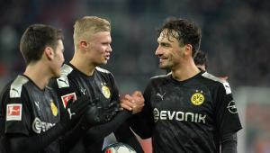 Joia norueguesa estreia com 3 gols e comanda virada do Dortmund no Alemão