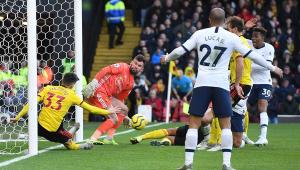 Sem Kane, Tottenham empata sem gols com o Watford e amarga 4º jogo sem vencer