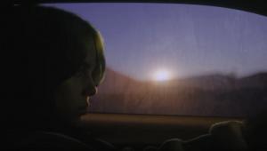 Billie Eilish dirige com seu irmão no clipe de 'everthing i wanted'; confira