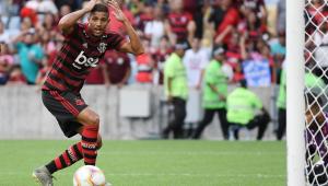 Time de garotos do Flamengo domina o Macaé, mas não consegue sair do 0 a 0