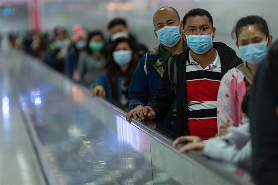 Coronavírus se espalha, derruba bolsas e deixa autoridades do Brasil e do mundo em alerta – Jovem Pan