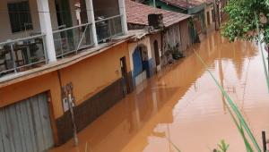 Governador de MG afirma que vítimas de chuvas não obedeceram orientação