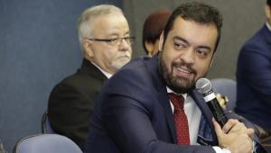 Vice-governador do RJ recebe alta após diagnóstico de meningite