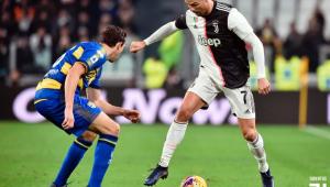 Com 2 de CR7, Juve vence Parma e amplia vantagem para a Inter no Italiano