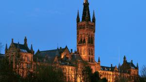 Em pleno verão brasileiro, embarque para Glasgow, na Escócia