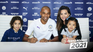 Fernandinho renova contrato com o Manchester City até a metade de 2021