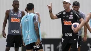 Cássio elogia trabalho de Tiago Nunes no Corinthians: 'Estamos no caminho certo'