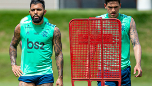 Gabigol e Pedro durante treinamento no Flamengo
