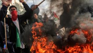 Solução de dois estados para Israel e Palestina gera desconfiança e protestos em Gaza