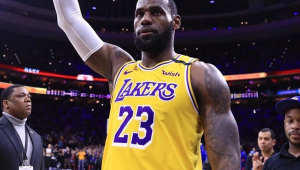 NBA: Lakers batem Golden State Warriors com brilho de LeBron James