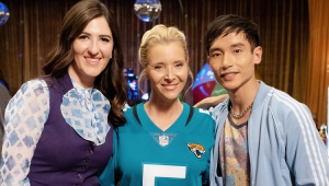 Lisa Kudrow estará no último episódio de 'The Good Place'; veja fotos
