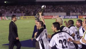 Há 20 anos, Corinthians era campeão mundial diante do Vasco; assista