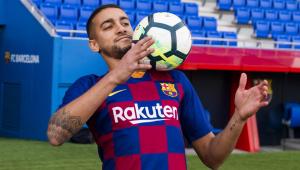 Barcelona contrata meia que foi 'vilão' no Corinthians para o time B
