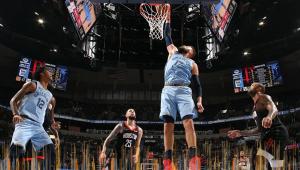 Harden brilha, mas Grizzlies batem Rockets e emendam 6ª vitória seguida