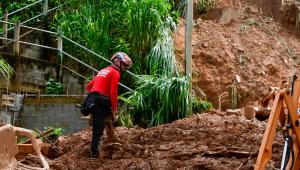 Número de mortos por causa das chuvas em MG chega a 33