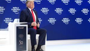EUA não precisam mais importar energia de 'produtores hostis', diz Trump em Davos