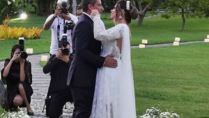 Tom Veiga, intérprete de Louro José, se casa no Rio de Janeiro