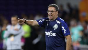 Luxa freia empolgação no Palmeiras, mas afirma: 'Temos que trabalhar para ganhar o título'