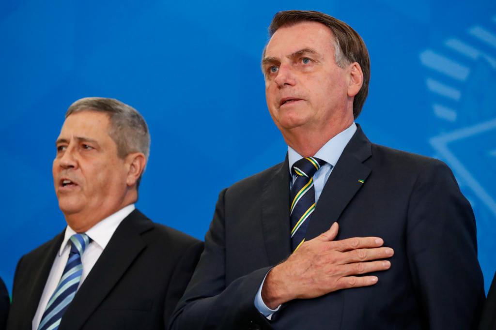 Bolsonaro diz que mudanças em ministérios visam fortalecer relação com Congresso – Jovem Pan