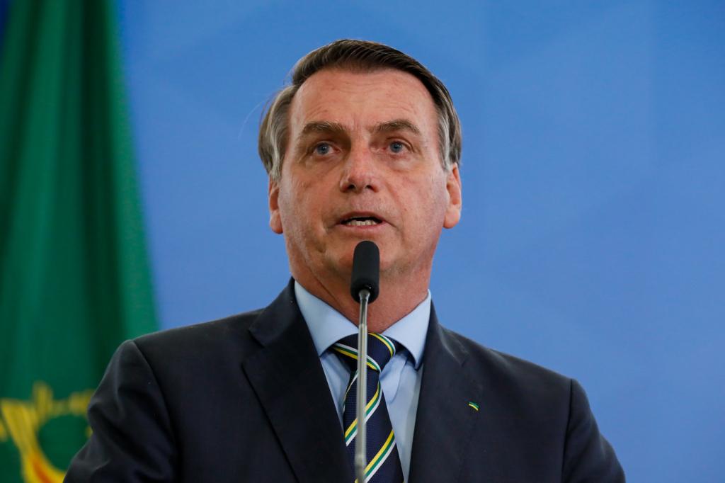 Bolsonaro diz que vai passar 'a noite toda' estudando texto da reforma administrativa – Jovem Pan