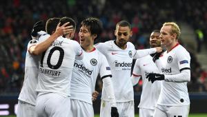 Eintracht Frankfurt garante a última vaga nas oitavas da Liga Europa