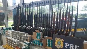 Polícia Rodoviária apreende 54 armas na Rodovia Fernão Dias
