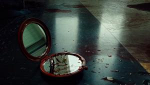 'Candyman': Sangue e terror estão no 1º trailer do remake produzido por Jordan Peele