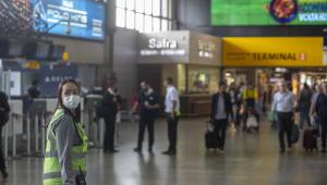 Brasil proíbe entrada de estrangeiros de todas as nacionalidades