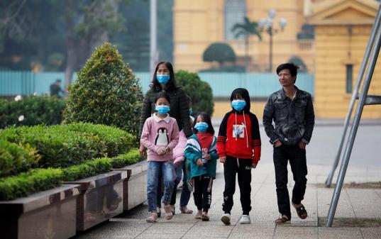 OMS afirma que coronavírus está controlado no resto do mundo