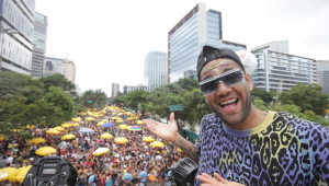 Confusão faz bloco de Daniel Alves terminar mais cedo na Zona Sul de SP