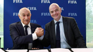 Fifa criará fundo global de garantia salarial para jogadores