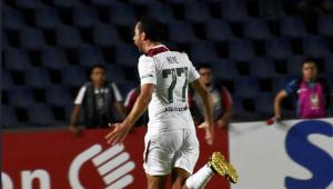 Odair Hellmann manterá Nenê como titular do Fluminense contra o Inter