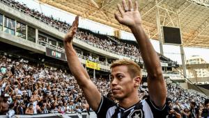 Após troca de técnico, Honda desabafa e cogita deixar o Botafogo: 'Inacreditável'