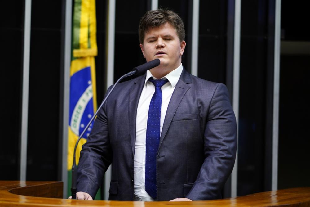 Deputado explica pedido de impeachment de Weintraub: 'Não tem competência suficiente' – Jovem Pan