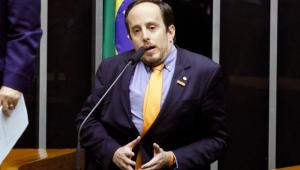 'Funcionários públicos bons são penalizados pelos ruins', diz líder do Novo sobre fala de Guedes