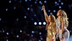 Shakira e J-Lo incendeiam show do intervalo do Super Bowl