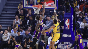Sem LeBron, Lakers superam Warriors e vencem a sétima seguida na NBA