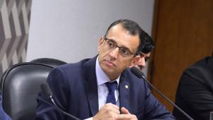 Comissão tenta acelerar discussão de proposta que pode acabar com Refis
