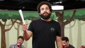 Murilo Couto apresenta novo show de stand up e se aventura no rap