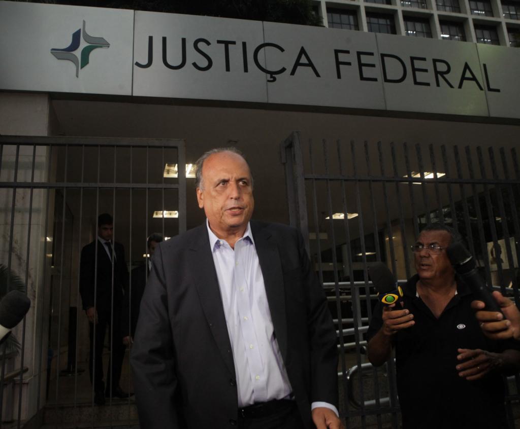 Em 1º depoimento pós-prisão, Pezão diz que Cabral tem esquema para prejudicá-lo