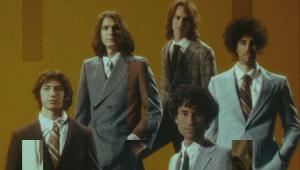 The Strokes lança clipe retrô para faixa 'Bad Decisions'; confira
