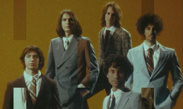 The Strokes lança clipe retrô para faixa 'Bad Decisions'; confira – Jovem Pan